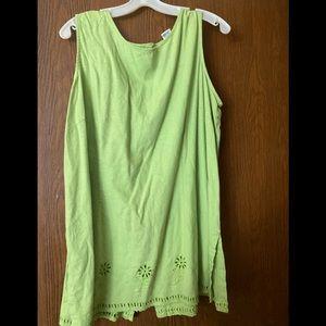 Green woman's sleeveless linen shirt